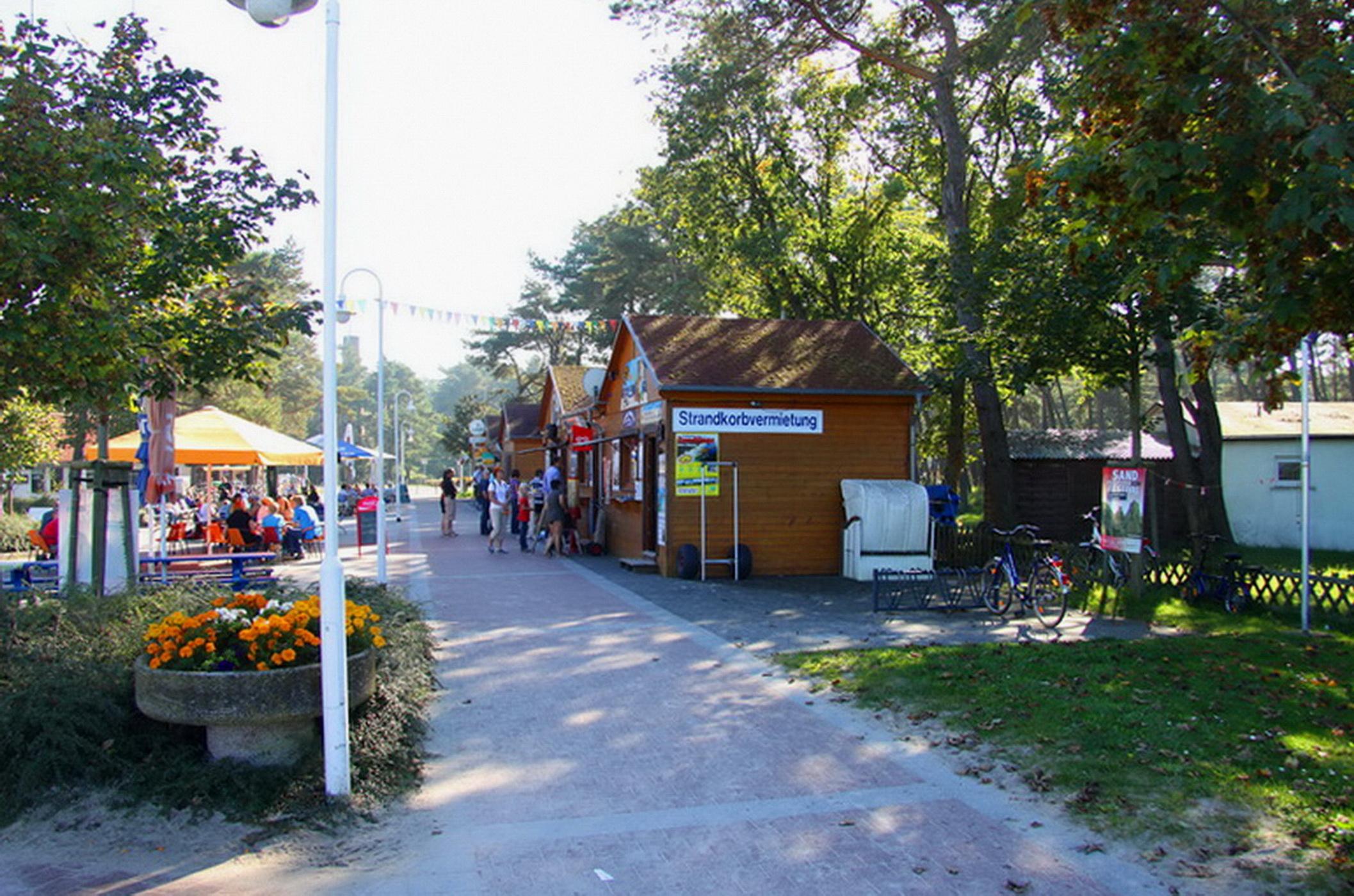 Ferienhaus Ostseedüne Rügen Glowe Strand Gastronomie